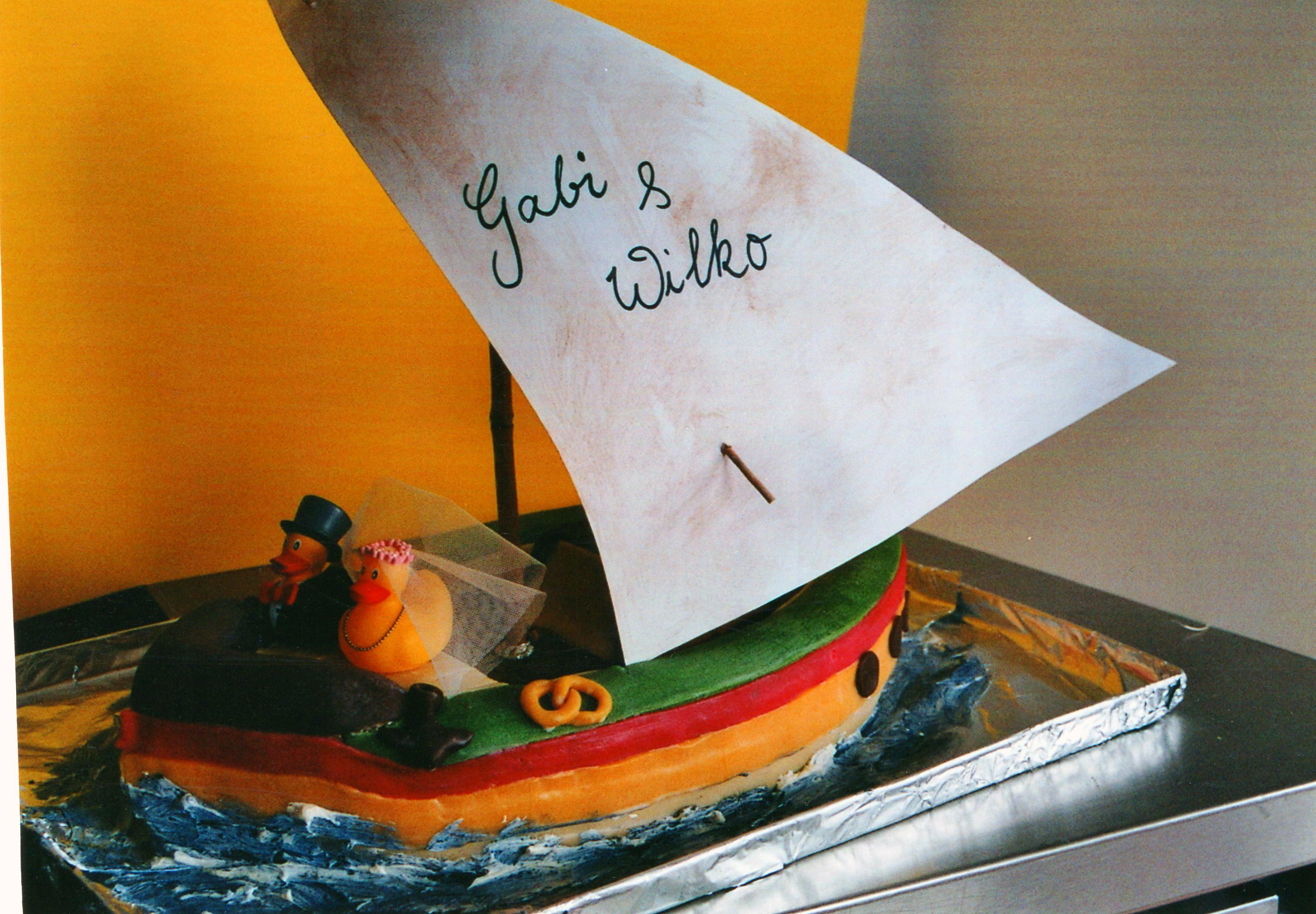 Hochzeitsschiff mit Enten.jpg