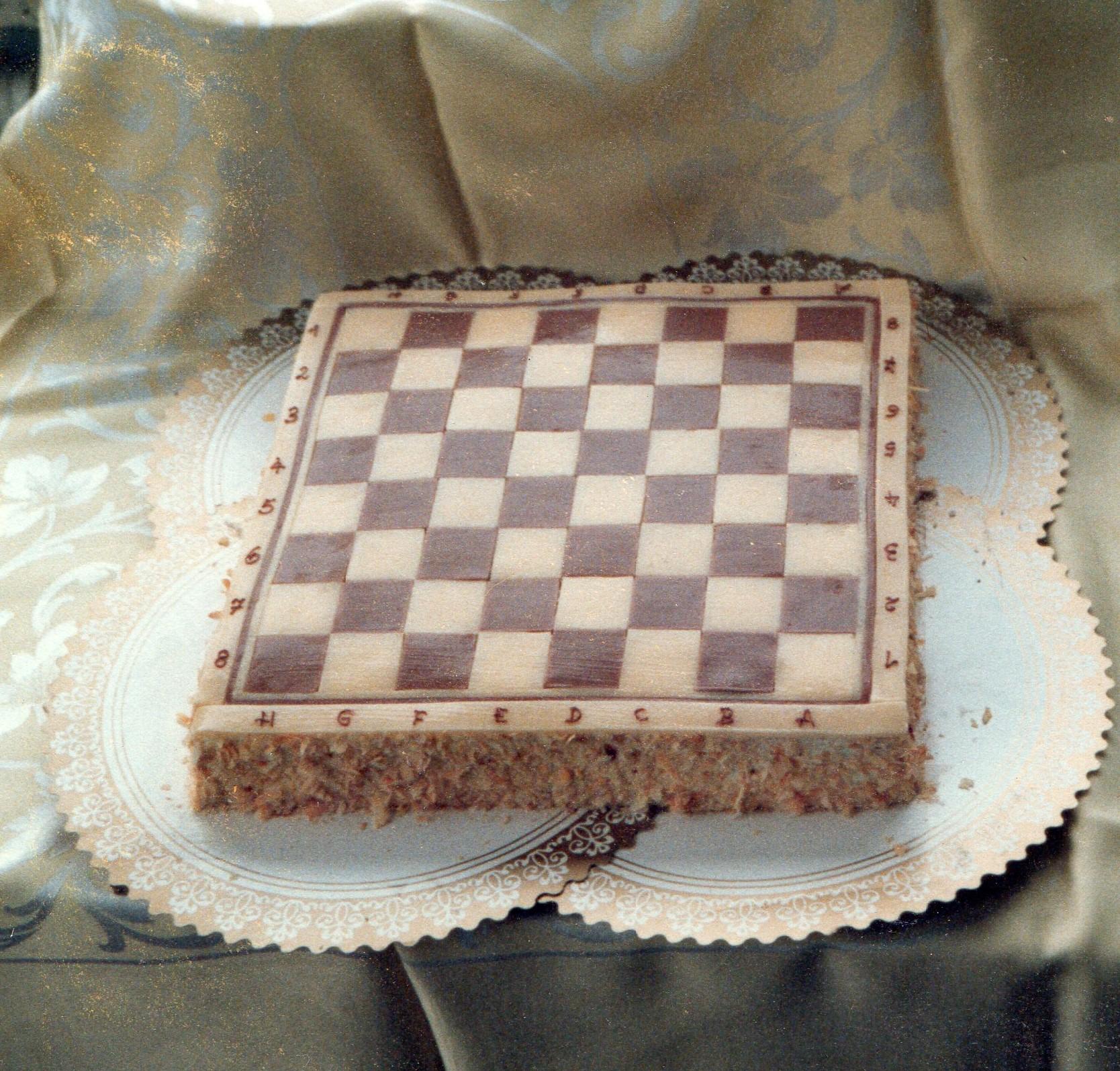 Schachspiel ohne Figuren.jpg